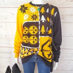 NWOT! Official NFL Steelers warm pullover sweater